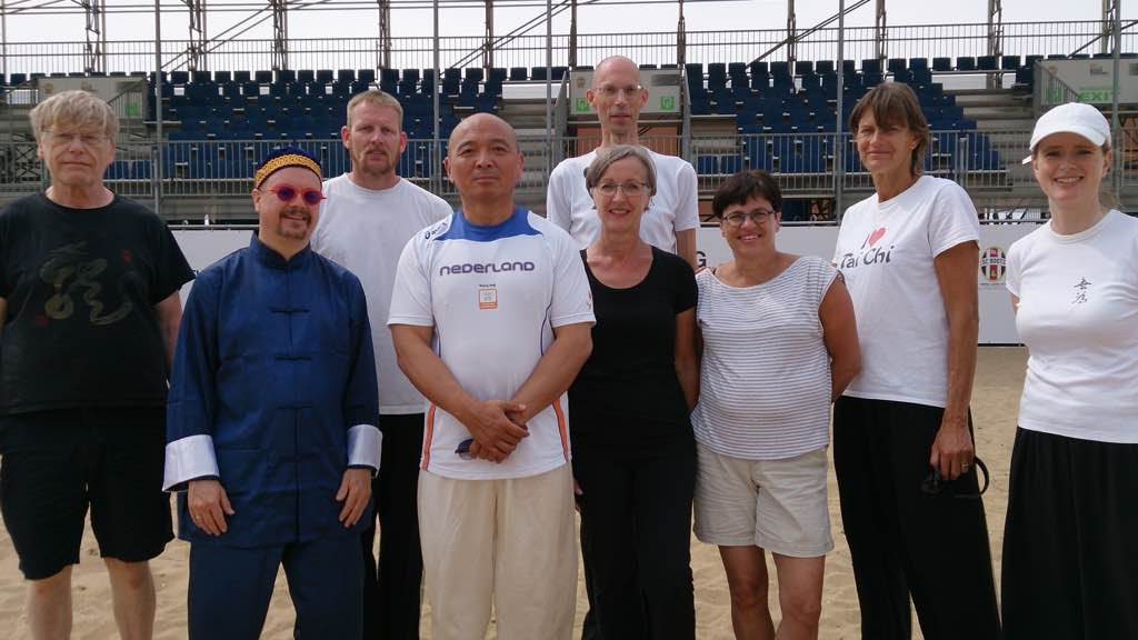 leerlingen WuWei met grootmeester Fei